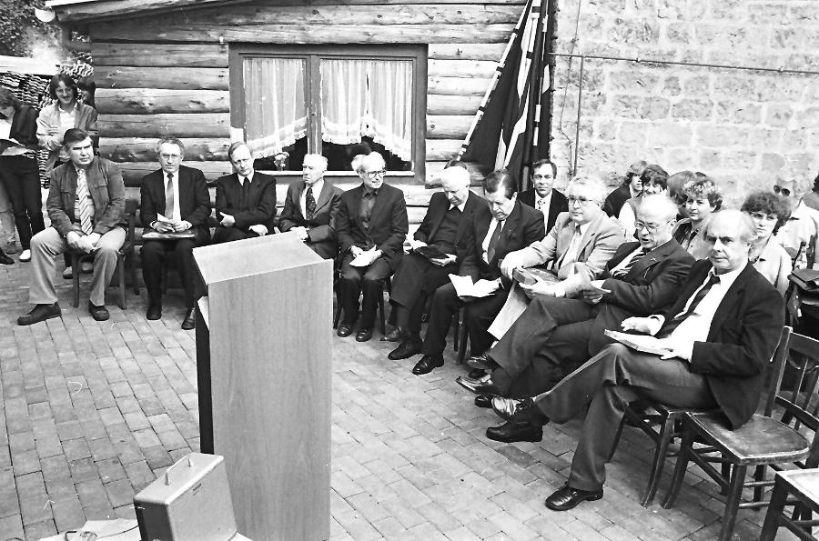 1983-einweihung-ehrengaste